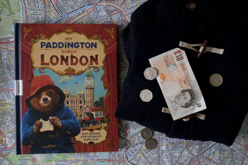 Mit Paddington durch London © Knesebeck Verlag, Illustrationen: Joanna Bill & Olga Baumert